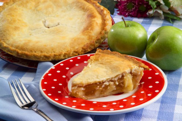 Εύκολη μηλόπιτα | tanea.gr