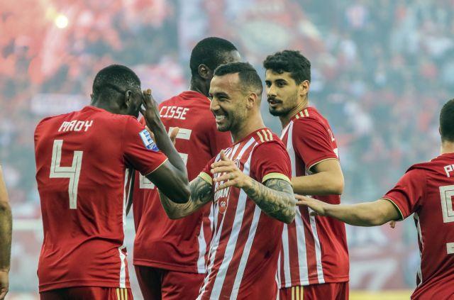 Κι άλλα γκολ ζητούσε ο κόσμος στην εξέδρα (4-0) | tanea.gr