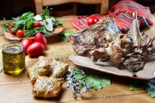 Τι και πως να φας το Πάσχα για να μην βαρύνεις | tanea.gr