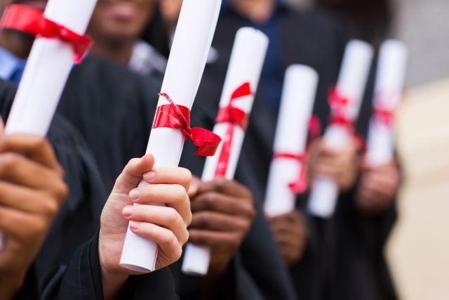 Απλοποιούνται οι διαδικασίες αναγνώρισης των πτυχίων 9.500 αποφοίτων ιδιωτικών κολεγίων | tanea.gr