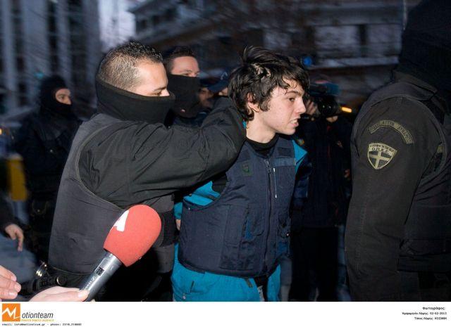 Νίκος Ρωμανός : Ενα βήμα πιο κοντά στην αποφυλάκιση | tanea.gr