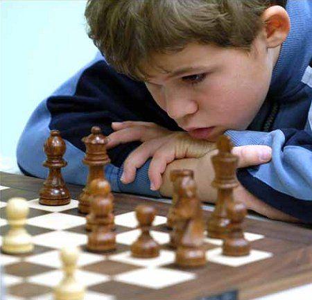 Με ποια παιχνίδια το παιδί αποκτά «κοφτερό» μυαλό | tanea.gr