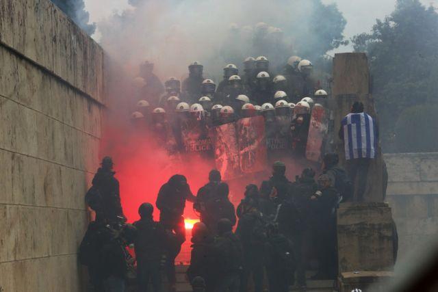 Κόντρα Παναγούλη - Γεροβασίλη για τα χημικά στο συλλαλητήριο | tanea.gr