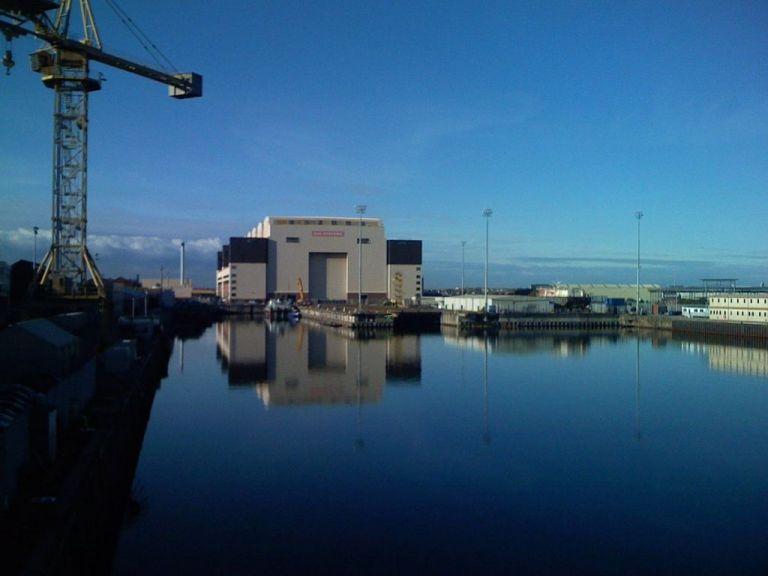 Εκκενώθηκε ναυπηγείο μετά από απειλή για βόμβα σε πυρηνικό υποβρύχιο | tanea.gr