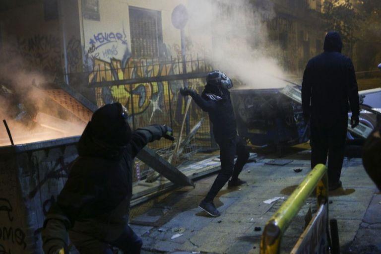 Συγκέντρωση διαμαρτυρίας κατοίκων των Εξαρχείων   tanea.gr