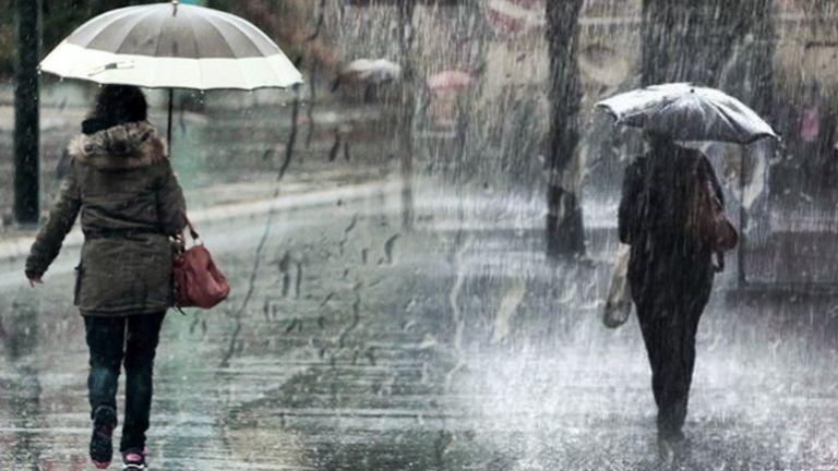Θα... πνιγεί η Ελλάδα: Βροχές και καταιγίδες το επόμενο 48ωρο | tanea.gr