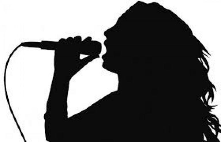 Σοκάρει πασίγνωστη τραγουδίστρια: Η καρδιά του γιου μου σταμάτησε | tanea.gr