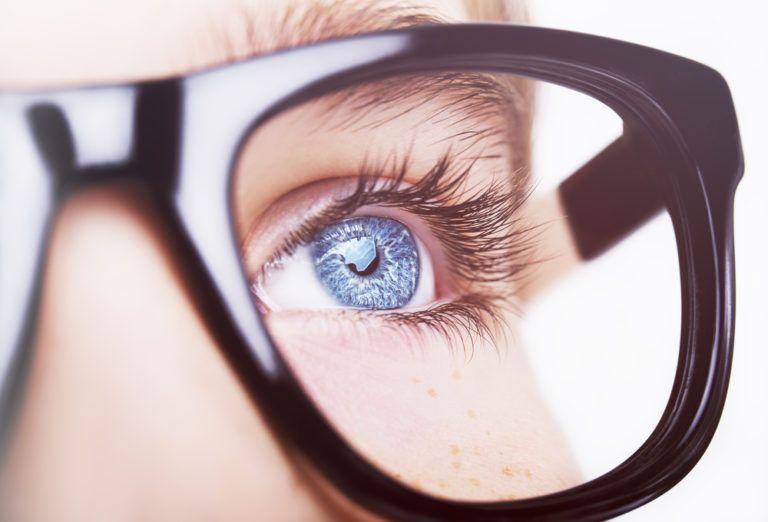 Tα μάτια αποκαλύπτουν τη νόσο Αλτσχάιμερ | tanea.gr