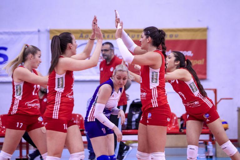 Ολυμπιακός: Σφραγίζει την πρόκριση στους τελικούς | tanea.gr