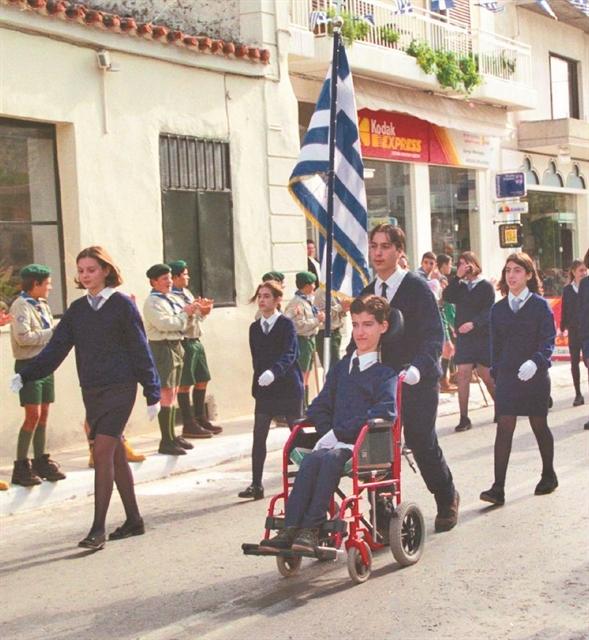 Πελατειακός δικαιωματισμός με ηθικό πλεονέκτημα | tanea.gr