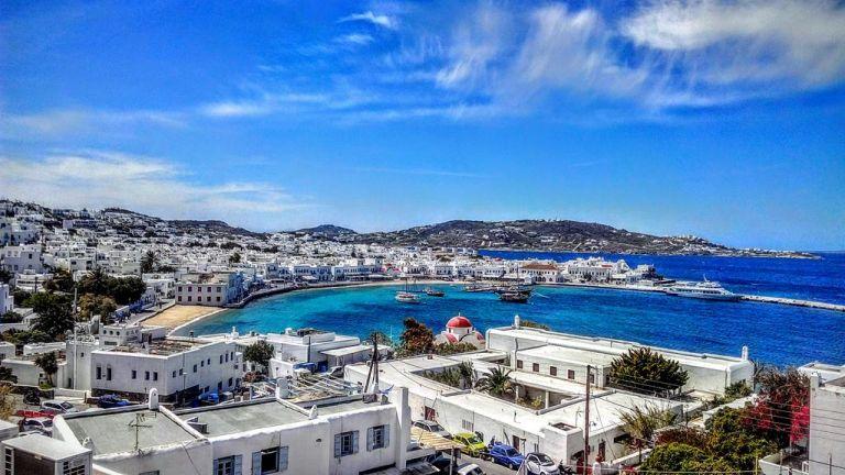 ΑΑΔΕ: Οι ελεγκτές «χτύπησαν» Μύκονο και άλλα νησιά | tanea.gr