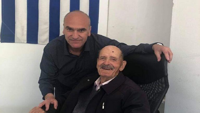 Υποψήφιος στις εκλογές ετών... 92: Το μήνυμα που στέλνει | tanea.gr