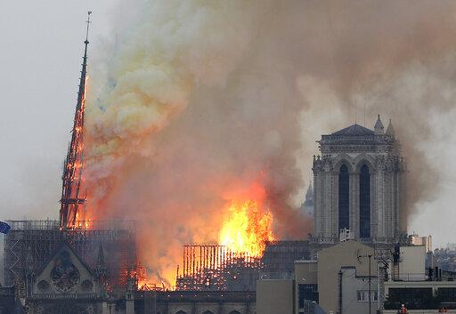 Στο πλευρό της Γαλλίας η Ουνέσκο για την αποκατάσταση της ανεκτίμητης κληρονομιάς | tanea.gr