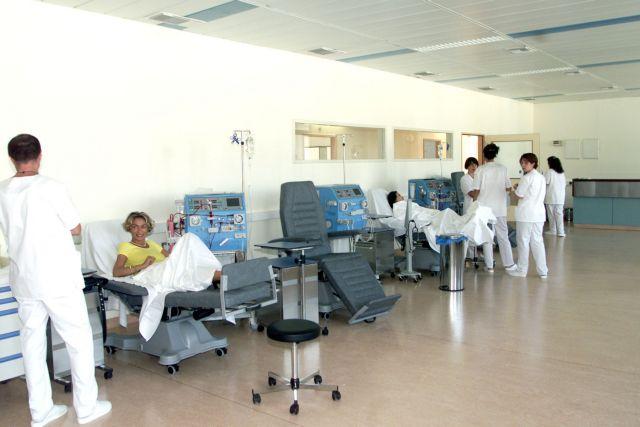 Δύο εκατομμύρια νεκροί τον χρόνο λόγω αδυναμίας για αιμοκάθαρση | tanea.gr