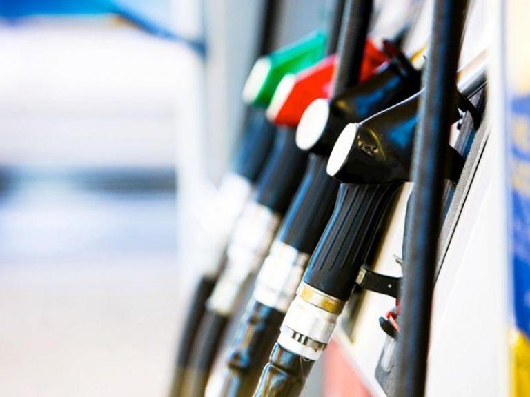 Στα ύψη η τιμή της βενζίνης μέσα στις γιορτές του Πάσχα | tanea.gr