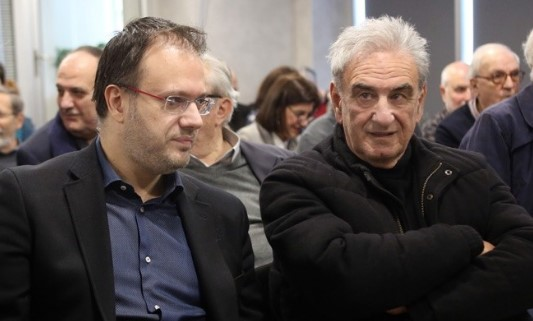 Ο Λυκούδης ξεμπροστιάζει τον Θεοχαρόπουλο | tanea.gr