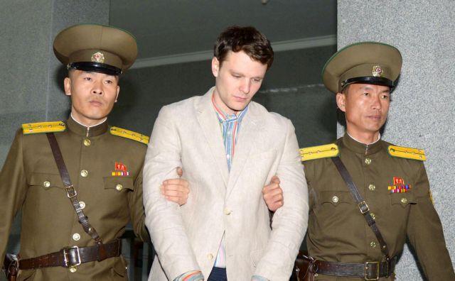 Ενέκρινε την πληρωμή 2 εκατ. δολαρίων στη Β. Κορέα ο Τραμπ | tanea.gr