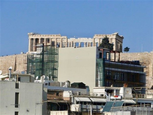ΚΑΣ: Το δεκαώροφο κτίριο που κρύβει την Ακρόπολη... πήρε ρεύμα | tanea.gr