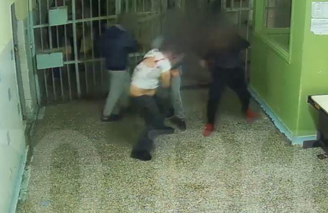 Μπερίσα : Σφαγείο για τους Αλβανούς οι ελληνικές φυλακές | tanea.gr