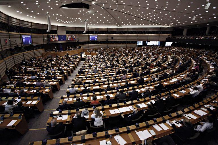Politico: Στοίχημα οι ευρωεκλογές λόγω των αναποφάσιστων   tanea.gr