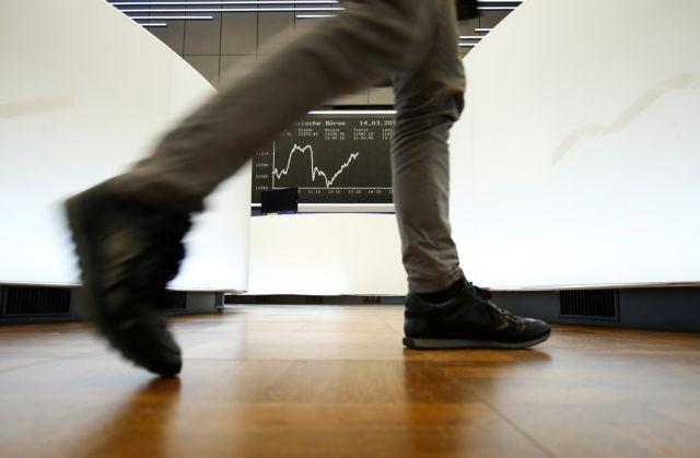 Bloomberg: Προβλέπει ράλι για ελληνικές μετοχές και ομόλογα | tanea.gr