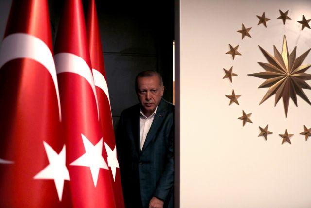 Χάνει και την Κωνσταντινούπολη ο Ερντογάν | tanea.gr