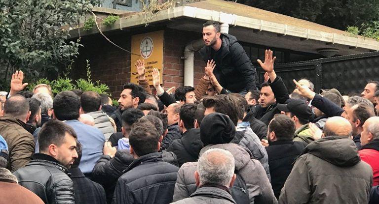 Τουρκία: Επεσε ξύλο σε εκλογικό κέντρο στην Κωνσταντινούπολη   tanea.gr