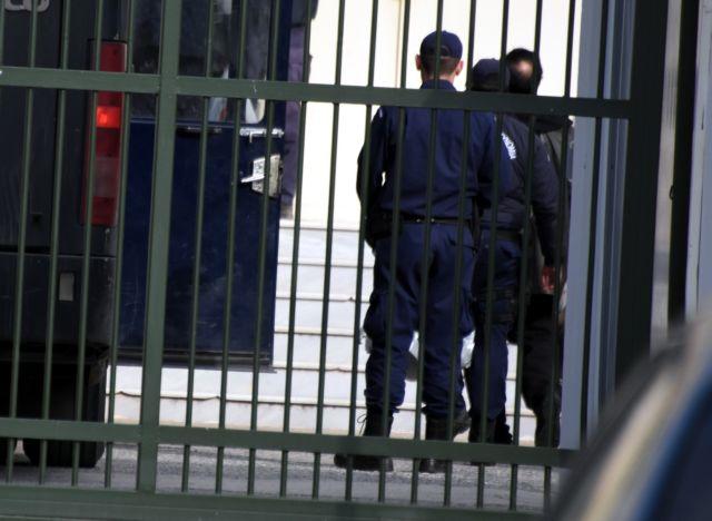 Νεκρός κρατούμενος στις φυλακές Τρικάλων | tanea.gr