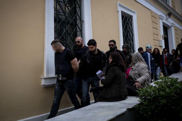 Δολοφονία Μακρή: Παραιτήθηκε ο δικηγόρος του 31χρονου   tanea.gr