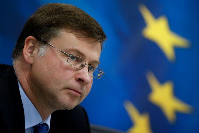 Ανησυχία Ντομπρόβσκις για αναταραχή στις αγορές από ένα «no deal Brexit» | tanea.gr