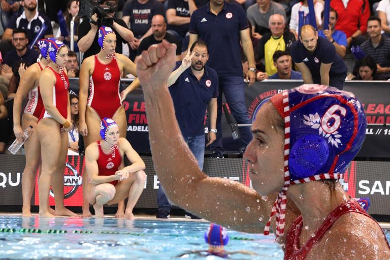 Περηφάνια για τα «θρυλικά» κορίτσια – Αγγιξαν την κούπα αλλά η Σαμπαντέλ κέρδισε με 13-11 | tanea.gr