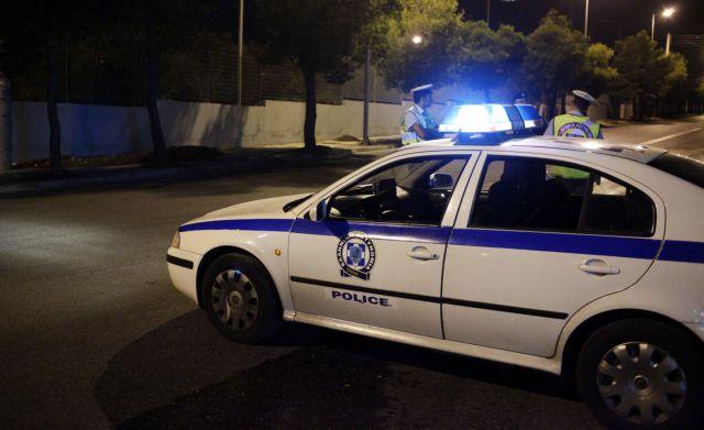 Aνατίναξαν ΑΤΜ και στη συνέχεια πυροβόλησαν κατά αστυνομικών στου Φιλοπάππου   tanea.gr