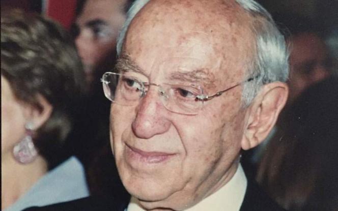 Πέθανε ο επιχειρηματίας Μηνάς Εφραίμογλου | tanea.gr