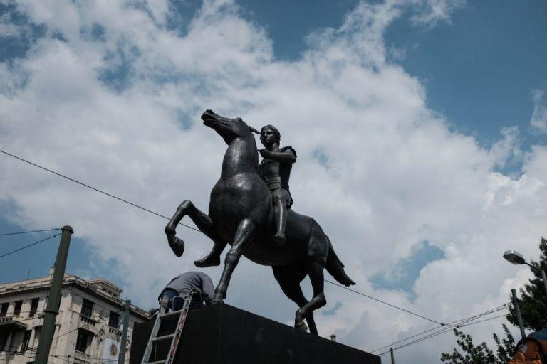 Η ιστορία του έφιππου Μ. Αλέξανδρου που κοσμεί την Αμαλίας | tanea.gr