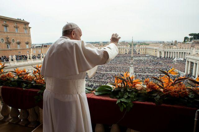 Πάπας Φραγκίσκος για Σρι Λανκα: Θλίψη και οδύνη για όλα τα θύματα | tanea.gr