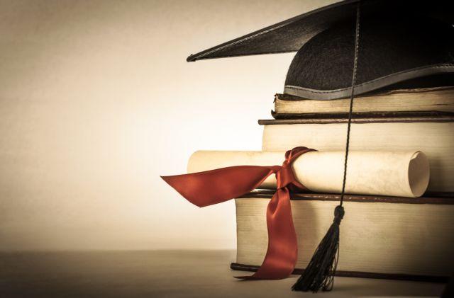 Με απλή βεβαίωση η ισοτιμία των πτυχίων για τους απόφοιτους κολεγίων | tanea.gr