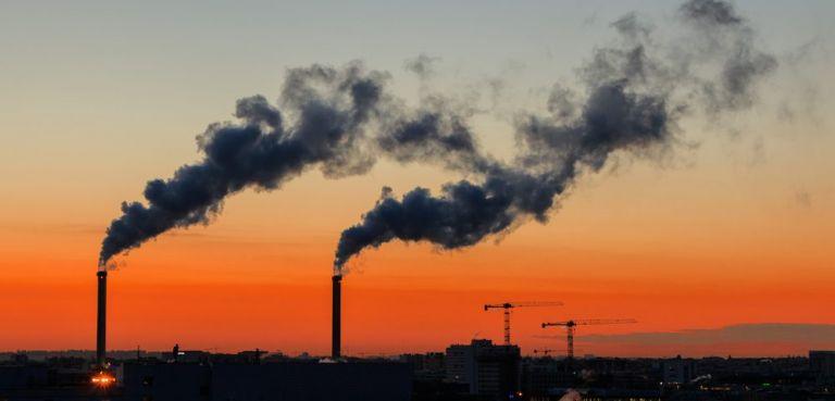 Έκθεση – σοκ: Η ατμοσφαιρική ρύπανση μειώνει το προσδόκιμο ζωής κατά 20 μήνες | tanea.gr