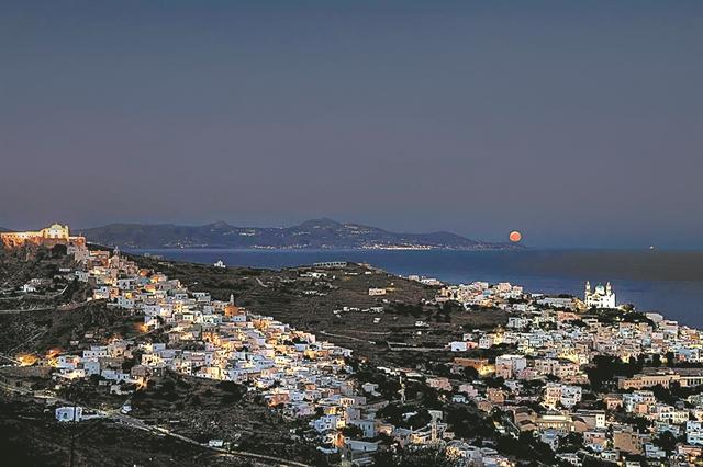 Εορταστικές αποδράσεις   tanea.gr