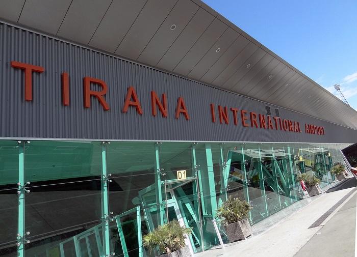 Αλβανία : Ενοπλοι ληστές εφόρμησαν σε αεροπλάνο – Ενας νεκρός   tanea.gr