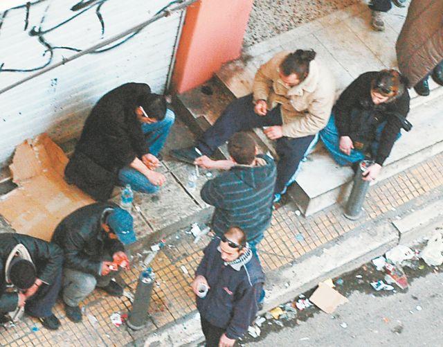 Ναρκωτικά: Νέοι «δρόμοι του θανάτου» στην Αθήνα | tanea.gr