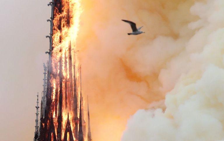 Μαρτυρία Έλληνα για την Notre Dame: Ήταν σαν κρατήρας ηφαιστείου που έβγαζε φλόγες | tanea.gr
