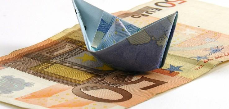 Πιο εύθραυστο από ποτέ είναι το ευρώ κατά τον γάλλο ΥΠΟΙΚ | tanea.gr
