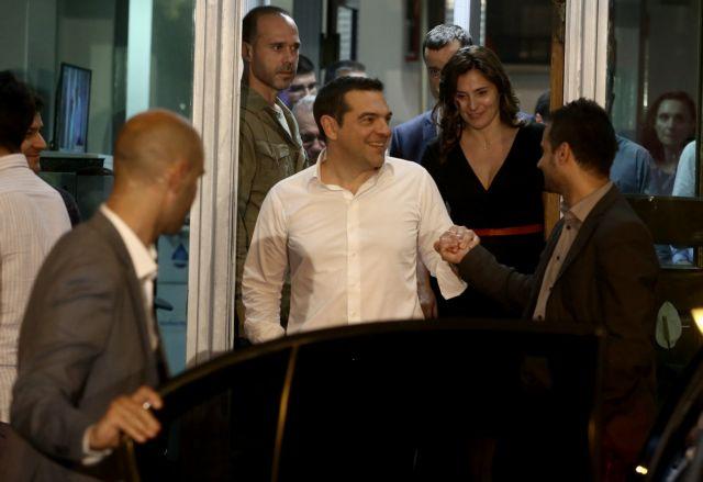 Διεθνή ΜΜΕ:  Η συντριβή ωθεί σε εκλογές τον Αλέξη Τσίπρα | tanea.gr