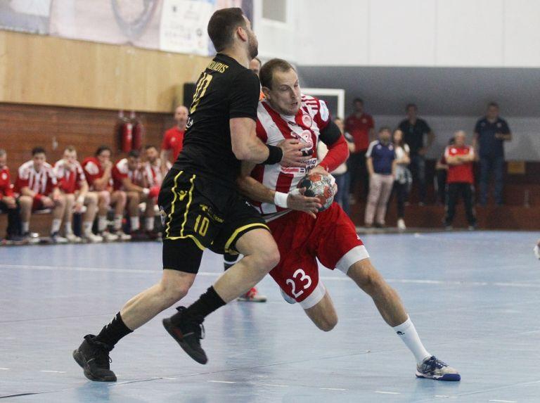 Ισοφάρισε η ΑΕΚ στους τελικούς (1-1) | tanea.gr