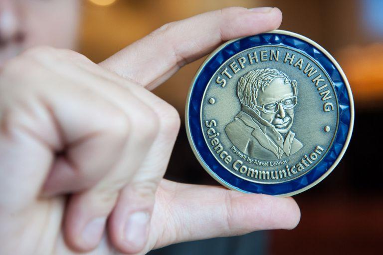 Βραβεία Στίβεν Χόκινγκ: Ανακοινώθηκαν οι νικητές των βραβείων | tanea.gr