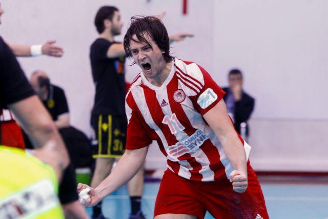 Ο Ολυμπιακός το πάνω χέρι για τον τίτλο, 2-1 την ΑΕΚ | tanea.gr