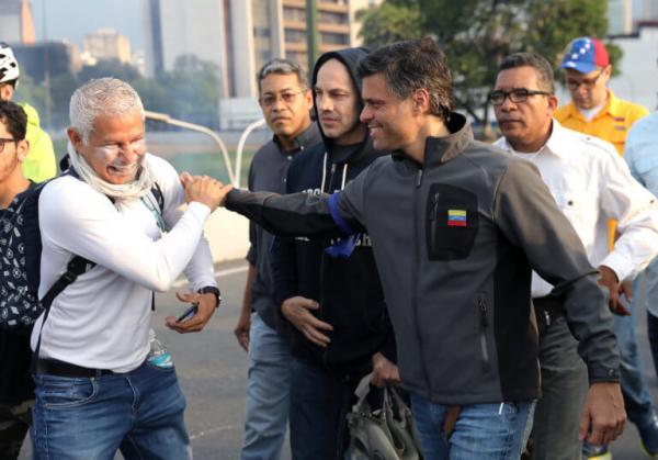 Βενεζουέλα: Διπλωματική σπαζοκεφαλιά για την Ισπανία ο Λεοπόλντο Λόπεζ | tanea.gr