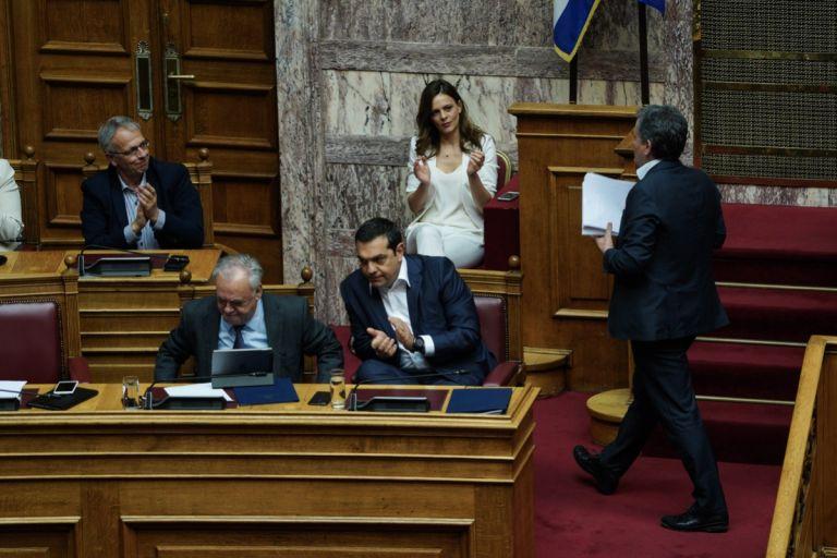 Ψήφος εμπιστοσύνης με 153 «ναι» στην κυβέρνηση | tanea.gr