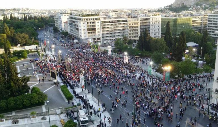 #Σύνταγμα: Πάρτι στο Twitter για την άδεια πλατεία στην ομιλία του Τσίπρα | tanea.gr
