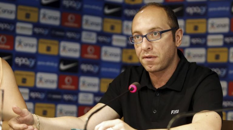 Live : Η έκτακτη συνέντευξη Τύπου της FIFA στα γραφεία της ΕΠΟ | tanea.gr